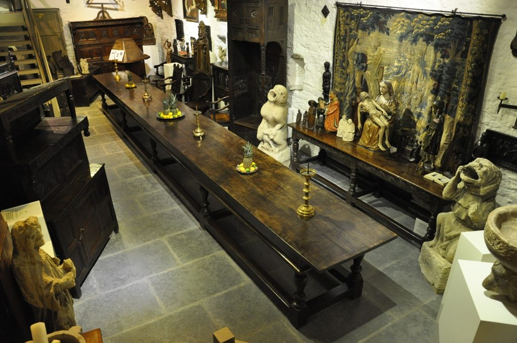 one-of-englands-finest-the-magnificent-rare-and-important-rufford-abbey-oak-refectory-table-circa-1660-21-1.JPG