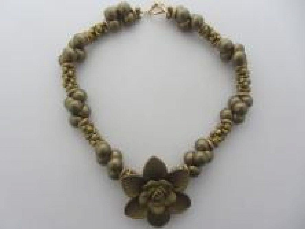 gol2902-necklace-on-sale-11-TH.JPG