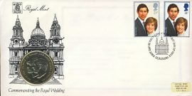Charles & Diana Wedding 1981 Royal Mint coin commemorative cover FDI stamps LONDON refD190 In very good condition. With Insert Card. Please see larger photo and full description for details.