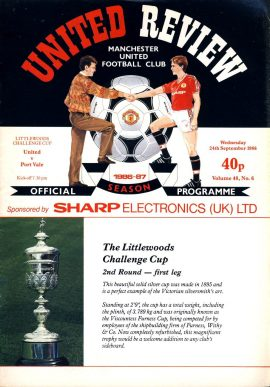 Manchester Utd v Port Vale 24th September 1986 Official Programme refE102052 United Review Vintage programme as listed and shown in the photo. Please see large photo and read full description for condition report.
