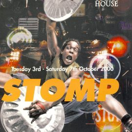 STOMP Grand Opera House BELFAST 2000 Theatre Programme refb1378 Measures approx 21cm x 29cm.