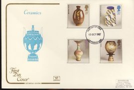 1987-10-13 Studio Pottery Stamps FDC Ceramics Cotswold First Day Cover refCD259 With insert card. Please see larger photo and full description for details. Flap sealed inside cover does not affect insert card.