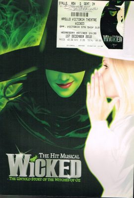 APOLLO VICTORIA THEATRE Lousie Dearman 2010 WICKED Souvenir Brochure & Ticket Untold Story of the Witches of Oz Musical refS4 Rachel Tucker