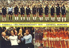 FUSSBALL - WELTMEISTERSCHAFT 1974 ENDSPIEL MUNCHEN large postcard ref0118 Deutsche Nationalmannschaft