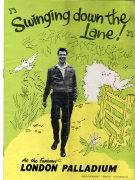 MAX BYGRAVES London Palldium 1959 Vintage Theatre Programme Swinging down the Lane! ref101690 Vintage brochure is pre-owned in well used condition. See full description. Measure approx 22cm x 16cm