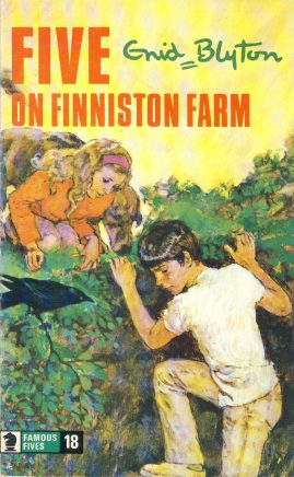 The Famous Five ON FINNISTON FARM 1977 Enid Blyton vintage paperback book Book number 18. Cover illustration by Betty Maxey KNIGHT paperback book pre-owned in very good used condition. Please see photos for details.