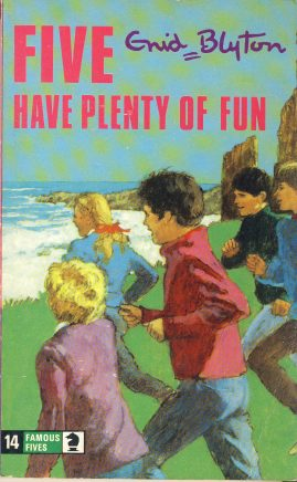 The Famous Five HAVE PLENTY OF FUN 1977 Enid Blyton vintage paperback book Book number 14. Cover illustration by Betty Maxey KNIGHT paperback book pre-owned in good used condition. Please see photos for details.
