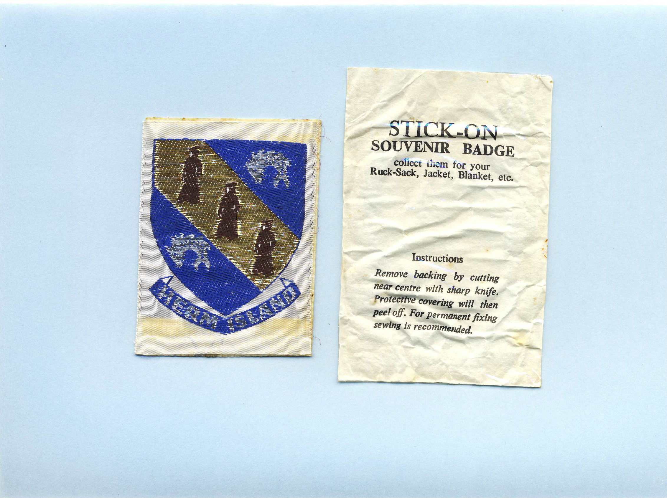 HERM ISLAND Stick-on vintage souvenir Badge refS5  a pre-owned vintage item in good condition. Measures 5.5cm x 6.5 approx. Herm is one of the Channel Islands. Part of the Parish of St Peter Port in the Bailiwick of Guernsey