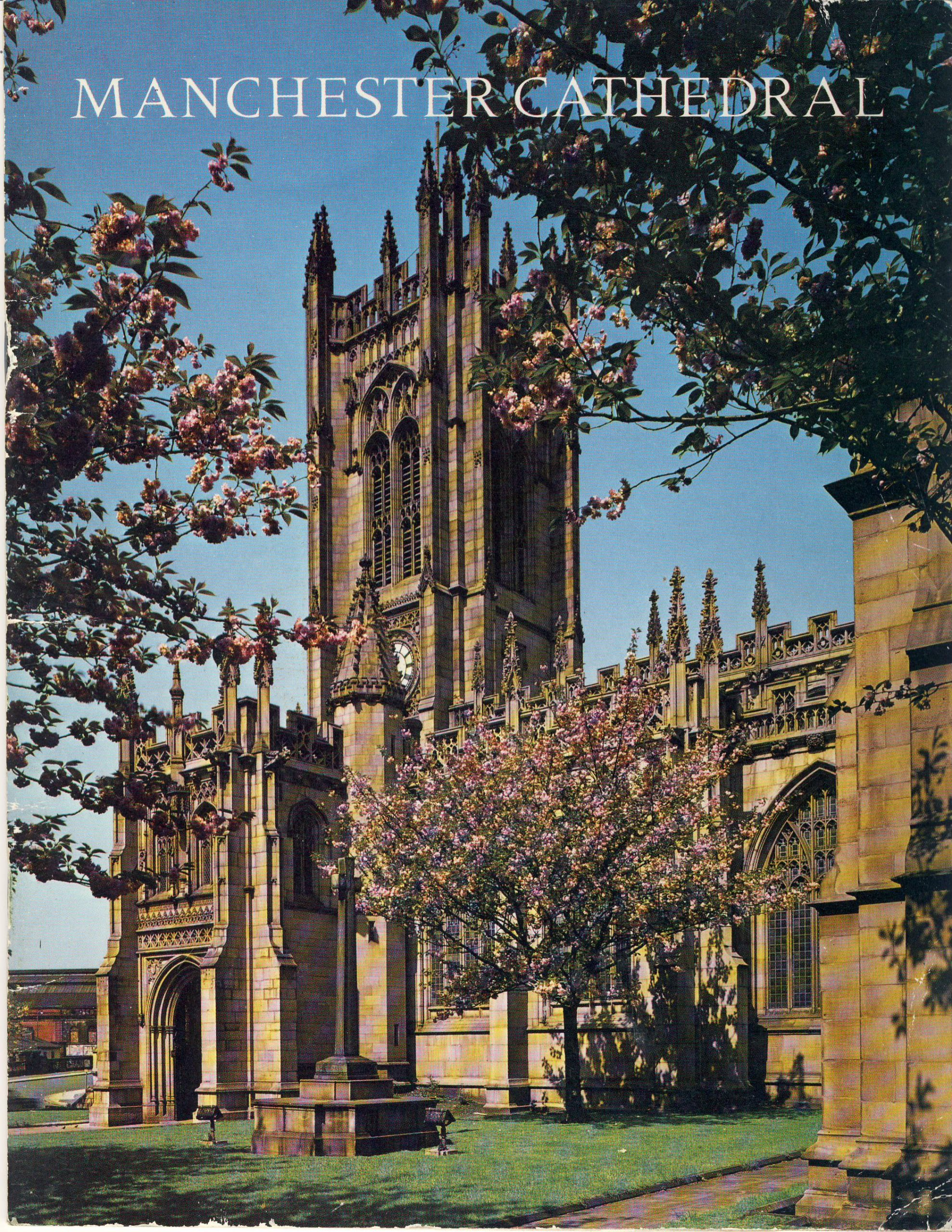 1972 MANCHESTER CATHEDRAL vintage visitor guide refS5 Canon Hedley Hodkin - 24 pages approx 21cm x 17cm - a pre-owned item in good condition.