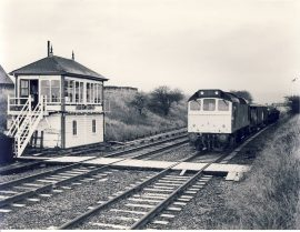 1982 SETTLE JUNCTION BOX 25.248 arrives with ballast Train Photo refSC151 Measure approx 6.5 x 8.5 inches / 16cm x 21cm - an original 'W.A.Sharman' black and white photographic print pre-owned item in very good condition. Details on reverse.