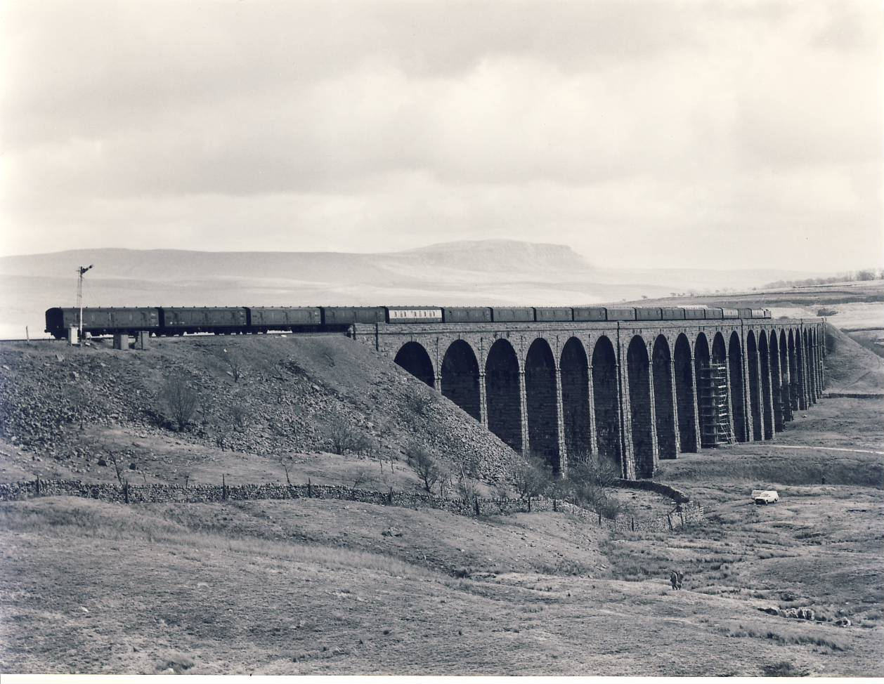 1983 Ribbleshead Viaduct Redbank parcels Train Photo refSC153 Measure approx 6.5 x 8.5 inches / 16cm x 21cm - an original 'W.A.Sharman' black and white photographic print pre-owned item in very good condition. Details on reverse.
