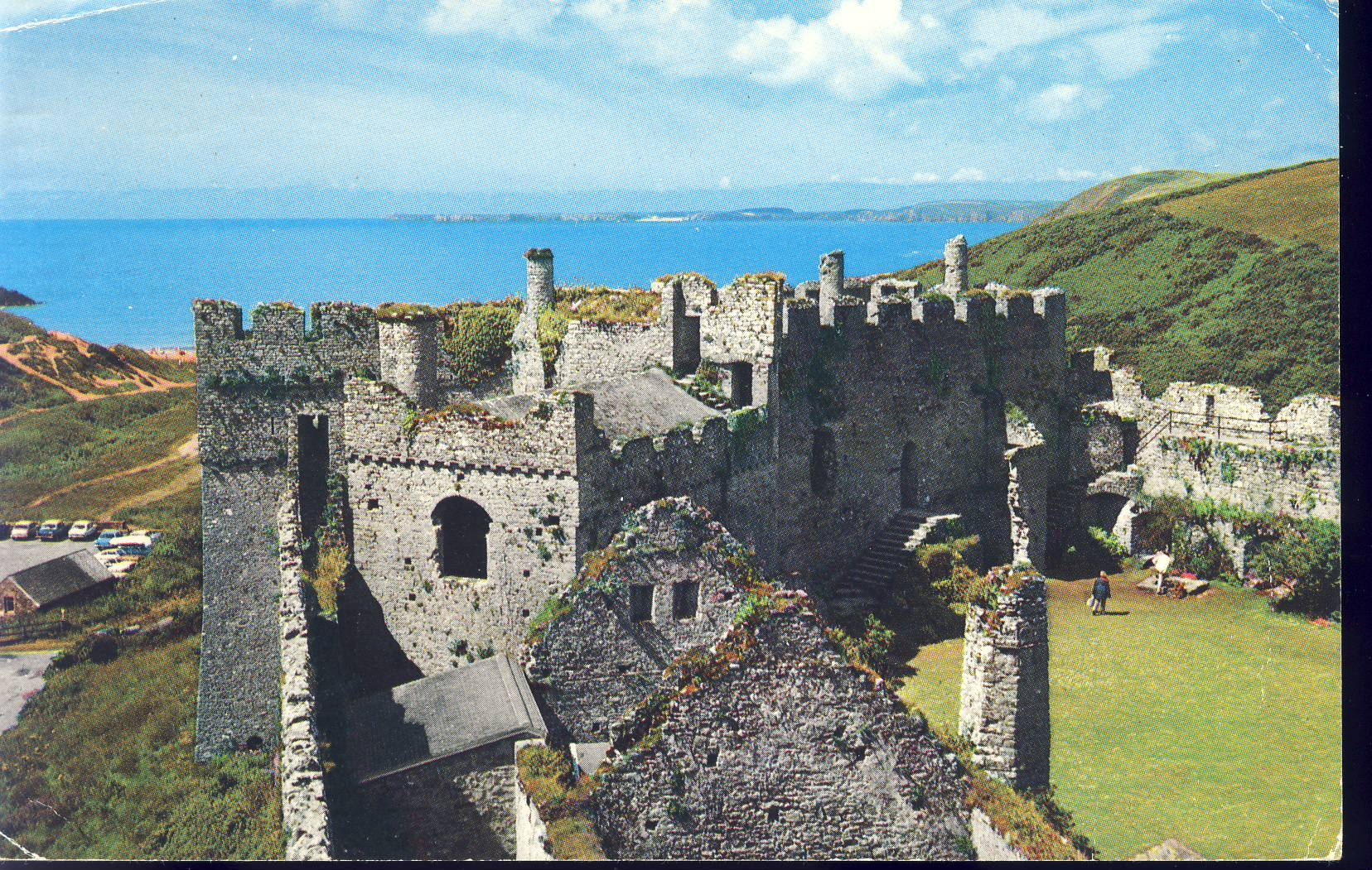 Coast and Castle MANORBIER Pembrokeshire Wales Old Postcard refP8 Pre-owned used condition.