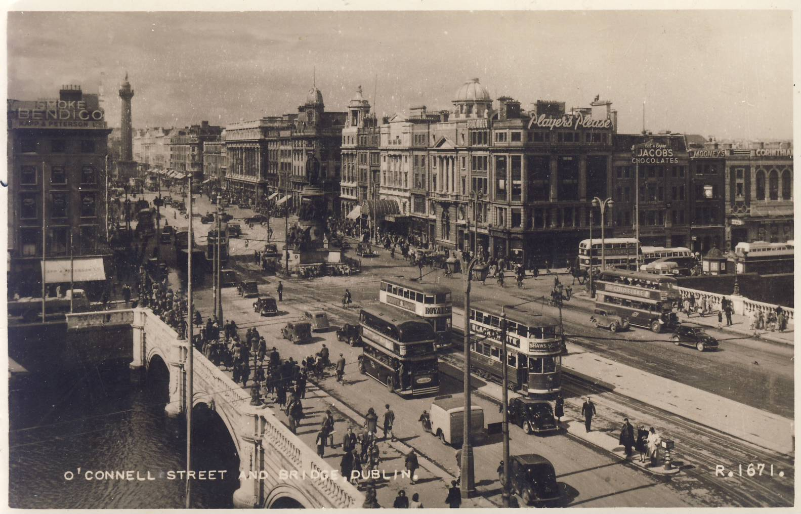1948 DUBLIN O'Connell Street & Bridge Old Valentine's Postcard refP9 Pre-owned used condition with name address and message on reverse with stamp.